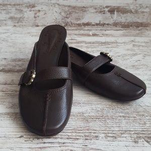 Rockport Truflex Brown Leather Kitten Heel Mules